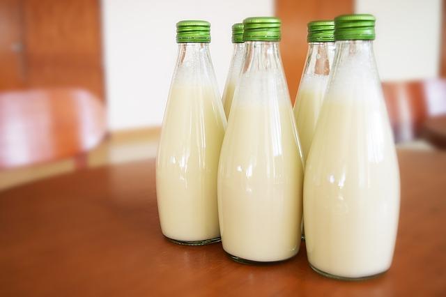 Как выбрать молоко - какой вкус, бутылка и цена