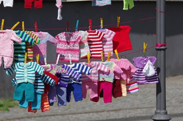 Как выбрать стиральный порошок для детской одежды